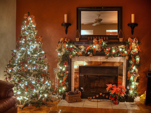 how to decorate for christmas   Penny-Hanley & Howley Insurance Blog
